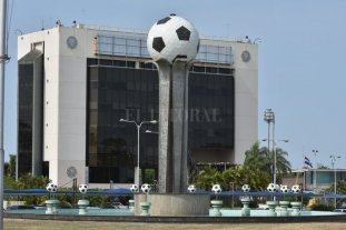 """Antes del fallo, Colón pide una """"audiencia"""" en Conmebol"""