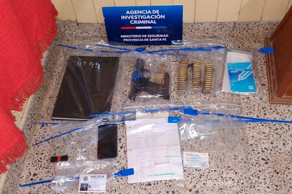 LA AIC allanó 14 domicilios el lunes en la ciudad de Santo Tomé, donde secuestró 5 armas, drogas y objetos de interés para la causa. Crédito: Gentileza