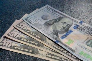 El dólar oficial cortiza estable y el blue se vende a $ 128