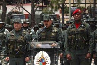 """Venezuela detiene a más militares y vuelven a acusar a Guaidó de intento de """"golpe de estado"""""""