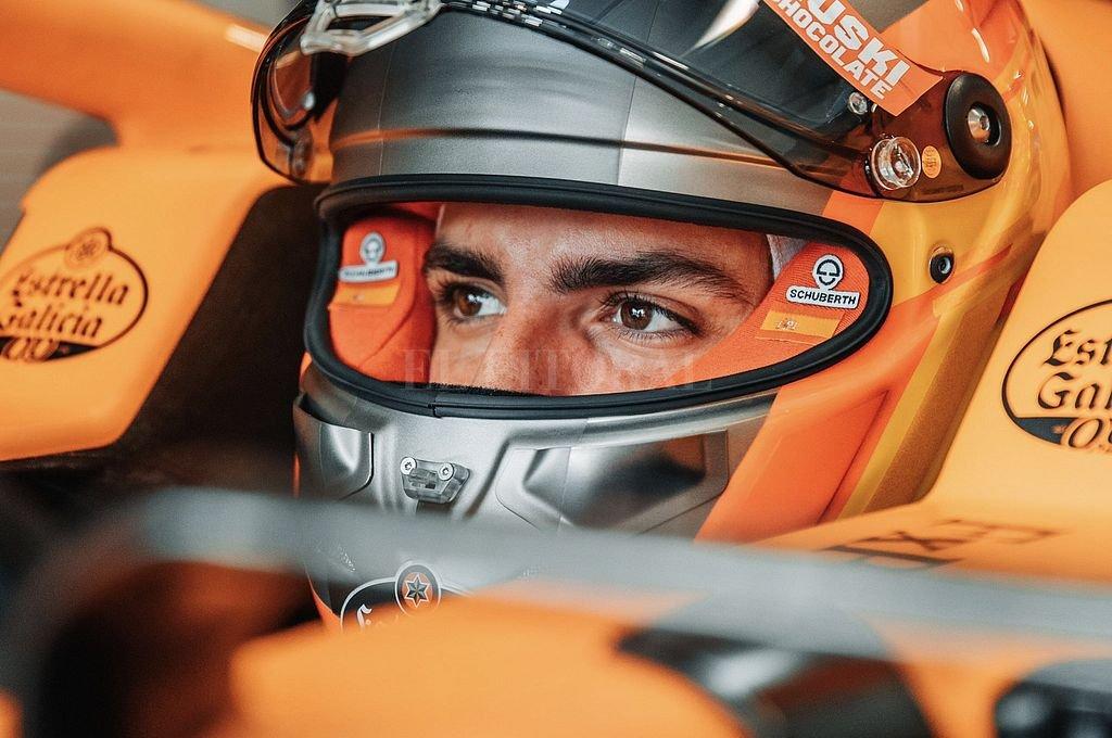 El español Carlos Sainz Jr. protagonizó el gran pase de la temporada al confirmarse que en 2021 dejará McLaren para reemplazar a Sebastian Vettel en Ferrari. Crédito: Captura digital