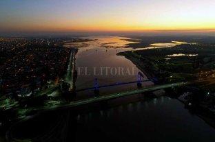Reclamo medioambiental por la contaminación de los ríos - Seca. La laguna Setúbal y una postal pocas veces vista, con la bajante. -