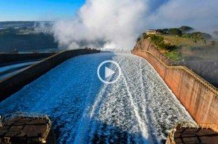 Video: abrieron las compuertas de Itaipú -  -