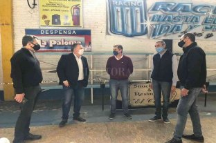 Michlig acompañó al Capitani en la entrega tarjetas AlimentAR en San Cristóbal