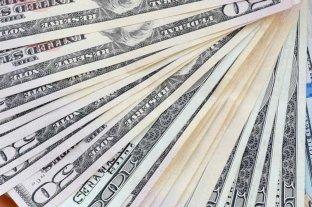 El dólar abrió estable este miércoles a $ 70,50 y el blue se vende a $ 124