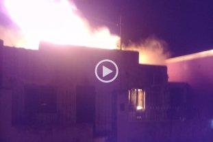 Robo y doble incendio en una vivienda de barrio San José