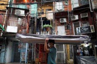 Construyen dos centros de aislamiento para el Barrio 31 con 1.400 camas