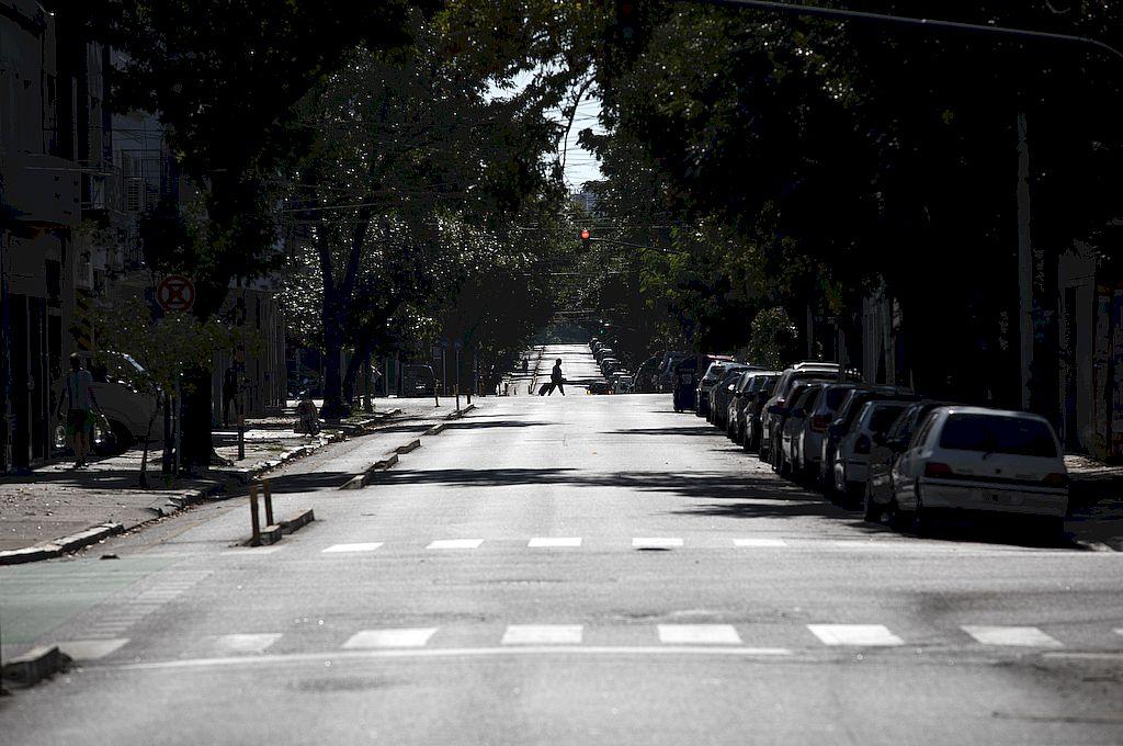 Argentina lleva 62 días de aislamiento social, preventivo y obligatorio por la pendemia de coronavirus. Crédito: Xinhua/Martín Zabala
