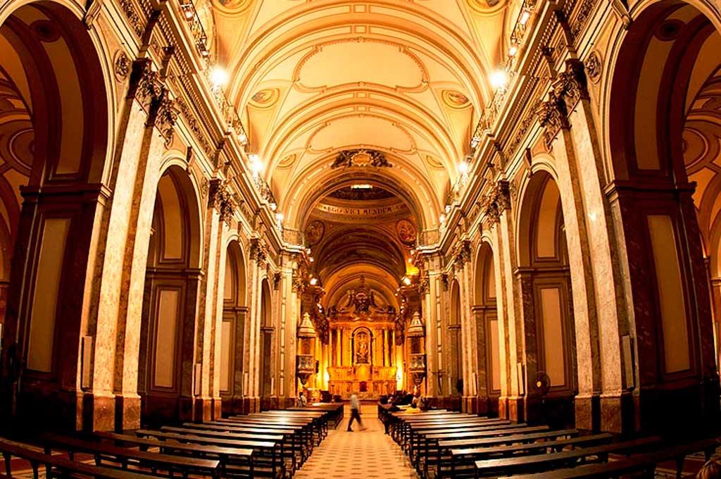 La Catedral metropolitana estará vacía el 25 de mayo, lo que será un acto inédito para la historia del país. Crédito: Gentileza