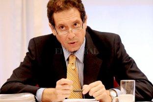 El Central dispuso más restricciones a empresas para acceder a dólares  - Miguel Pesce, presidente del Banco Central. -
