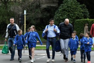 Australia reanuda las clases en todos los colegios tras contener su brote de coronavirus