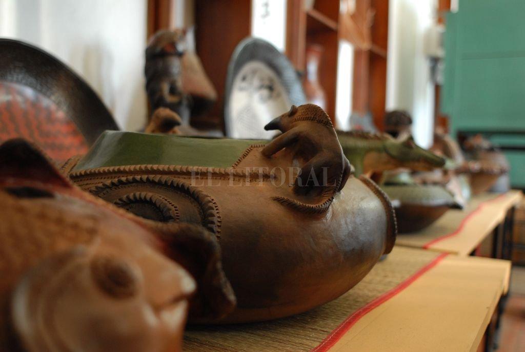 Los talleres artesanales transmiten técnicas para preservar el patrimonio tradicional de nuestros primeros artesanos. Crédito: Archivo El Litoral / Flavio Raina
