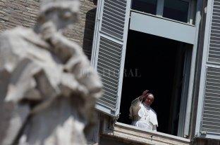 """El papa Francisco pidió """"terminar con la pandemia de la pobreza"""""""