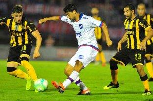 Uruguay prevé la vuelta del fútbol para la primera quincena de agosto
