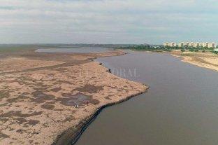El Río Paraná subió otros 20 cm y superó el metro en Santa Fe -  -