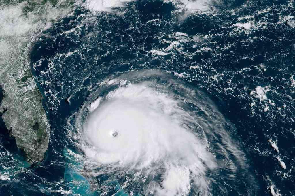 La tormenta tropical Bertha toca tierra en Carolina del Sur