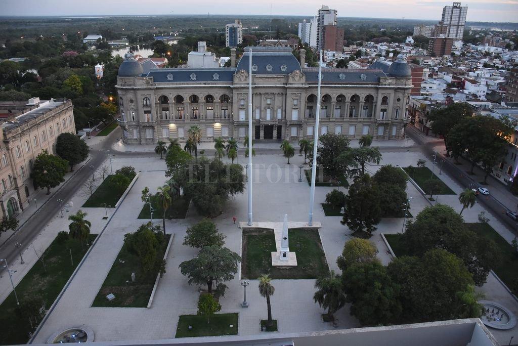 La provincia demora nuevas habilitaciones en Santa Fe, a pesar de 48 días sin casos -  -