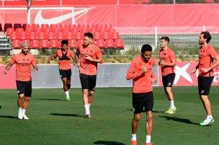 Banega, Ocampos y Vázquez volvieron a entrenar con sus compañeros