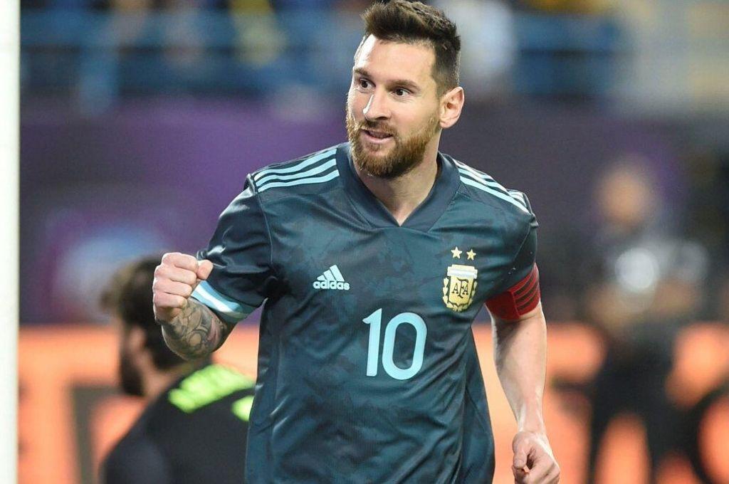 Hincha N° 1. Messi dejó en claro sus ganas de jugar y buscar un título con la Selección Argentina. Crédito: Archivo