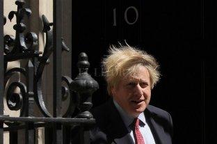 Boris Johnson deberá explicar ante el Parlamento el manejo de la pandemia