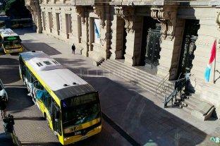 Sin acuerdos nacionales, se mantiene el paro de colectivos en Santa Fe