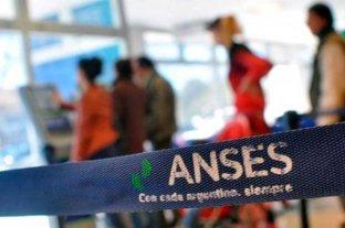 Gobierno toma otros 389 millones de dólares del fondo de garantía de Anses -  -