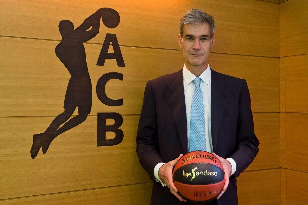 El presidente de la ACB, Antonio Martín, adelantó que la Liga Endesa se reanudará El mes que viene y se definirá en sólo 13 días.  Crédito: Gentileza