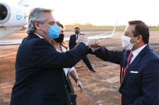 El Presidente llegó a Misiones, luego de haber visitado Formosa, y fue recibido por Herrera Ahuad
