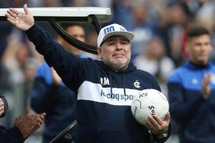 Diego Maradona agradeció a Gimnasia por la ayuda a Villa Fiorito