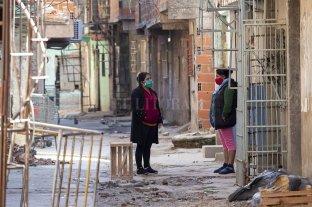 Bielsa consideró que la pandemia es una oportunidad para urbanizar asentamientos