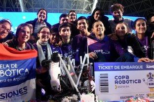 Misiones: estudiantes de la escuela de Robótica consiguieron un 1er y 3er puesto en un torneo latinoamericano
