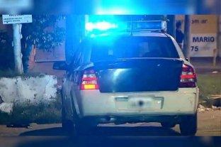 Un grupo de policías hizo una fiesta en plena cuarentena y balearon el auto de un vecino