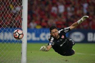 Se define en Independiente el futuro de Silva y Campaña