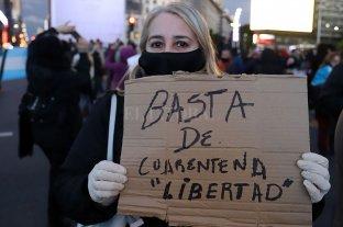 Escasa adhesión en la marcha contra la cuarentena en Rosario