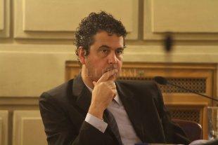 """Giacomino y las """"contradicciones"""" en el Ministerio  de Educación"""