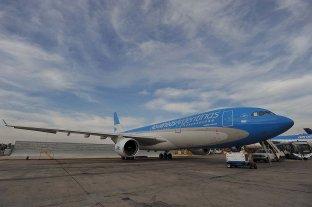 Aerolíneas Argentinas suspenderá por dos meses a 7.500 empleados -  -