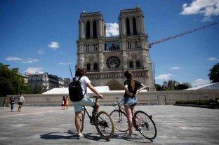 A 13 meses de incendio, reabre la explanada de la catedral de Notre-Dame