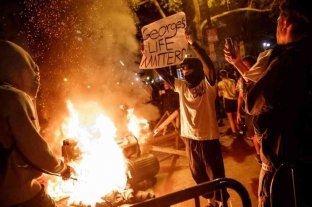 Al menos tres muertos durante la sexta noche de disturbios en Estados Unidos