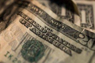 Luego del endurecimientos de los controles cambiarios, el dólar blue subió $ 3 y escaló a $ 128 -  -