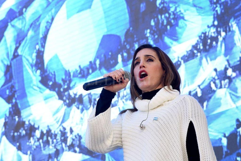 Soledad Pastorutti ofrecerá desde Santa Fe, el sábado 20 de junio, a las 18 horas, un recital folclórico por streaming. Crédito: Télam
