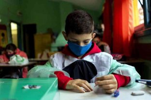 Uruguay: otros 80 mil estudiantes volvieron a las clases presenciales
