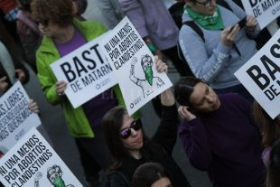 Por las redes y con carteles, llaman a reclamar Ni una Menos