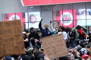 En fotos: marchas, incidentes y saqueos en otra noche caliente para Estados Unidos -  -