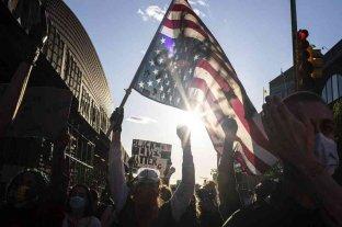 Nueva York amplía el toque de queda hasta el domingo ante los episodios de violencia -  -