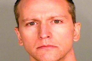 Crimen de Floyd: la esposa del acusado pidió la nulidad del matrimonio -  -