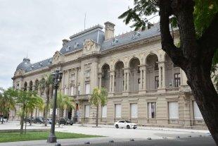 Santa Fe entre las provincias menos endeudada del país