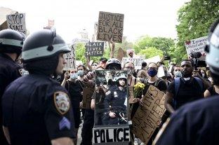 Cerraron varios sitios de testeos de coronavirus en EEUU por la represión a manifestantes