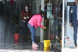 """Servicio doméstico y oficinas se habilitaron """"sin uso de colectivos"""" -"""