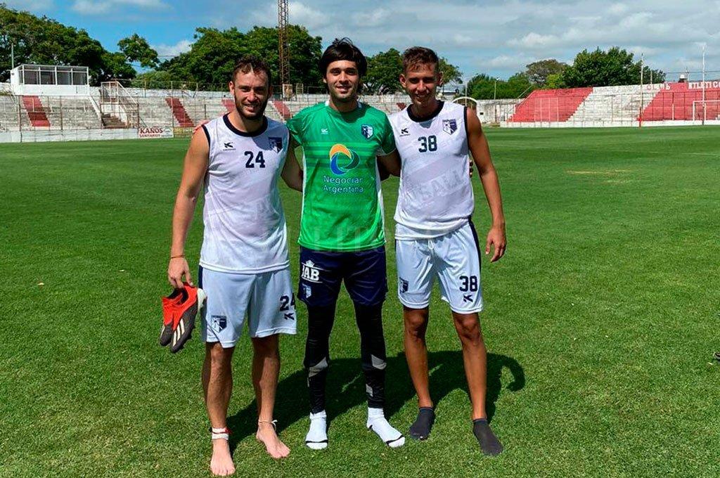 Tres de para triunfar. Copello, Belmonte y Artigue. Antes de la suspensión del torneo liguista. Crédito: El Litoral