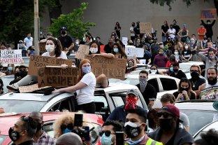 Choques entre manifestantes y policías en nueva jornada de protestas en Nueva York
